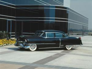 Vad påverkat utformningen av 1950-talet bilar?