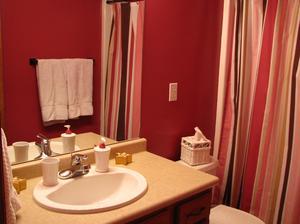 Hur man kan inreda ett badrum på en Budget