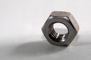 Hur man borra & knacka på metall