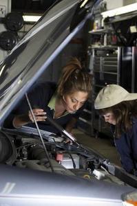 Tecken på överföringsproblem i en Dodge Caravan