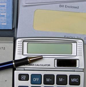 Hur man gör ett Excel-kalkylblad för en hushållsbudget