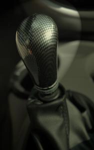 Vilka är de tecken & symtom på ett svänghjul som går dåligt på Jeep Liberty?