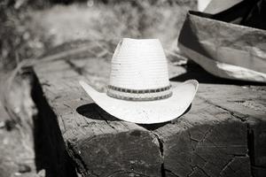 Hur man gör en jätte skum cowboyhatt