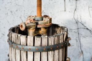 Hur man använder en vin korg tryck