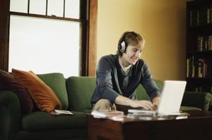 Hur man laddar ner gratis låtar från Internet