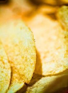 Hur man gör potatischips med osmos