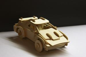 Hur man gör en grundläggande leksaksbil