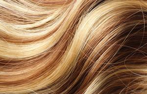 Hur att blekna hårfärg belyser hemma