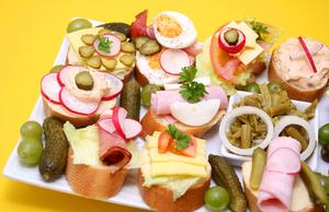 Hur man beräknar catering mat kvantiteter