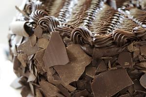 Hur man gör choklad isbildning med osötad kakao pulver