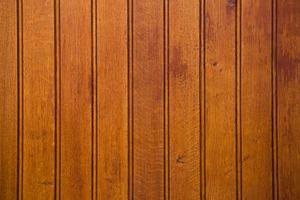 Hur att lägga trä fläck över trä bets