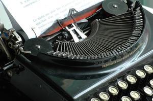 Hur man skriver ett brev till stöd