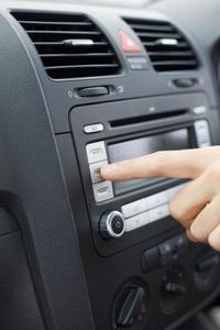 2003 Jeep Liberty Stereo Installationsinstruktioner
