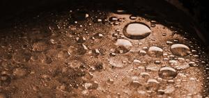 Ta bort vatten från motorolja