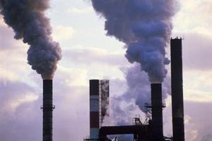 Konstgjorda orsakerna till luftföroreningar
