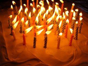 Hur att dekorera en 50-födelsedagstårta
