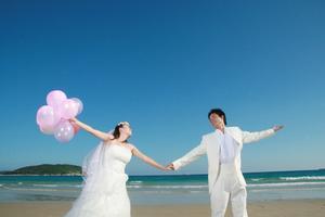 Idéer för att använda ballonger på ett bröllop