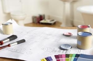 Hur man förbereder ett badrum tak och väggar för färg