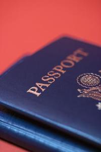 Hur du förnyar en utgångna malaysiska pass