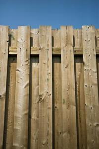 Instruktioner om hur du installerar privatlivet staket paneler