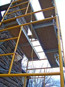 Hur man sätter upp byggnadsställningar & hissar