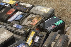Hur till återvinna däck och Auto batterier i Chicago, Illinois