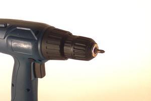Hur man Design & plats spår belysning på ett sluttande tak