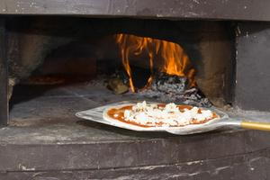 Hur man bygger en billig pizzaugn