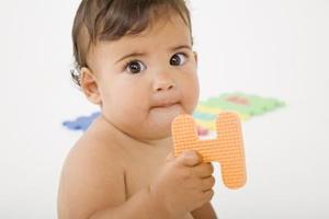 Spel & verksamhet för att utveckla kognitiv utveckling hos spädbarn