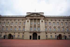 Hur ta reda på om jag är släkt med brittiska kungligheter