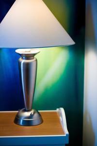 Hur man målar en tyg lampskärm