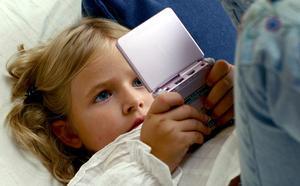 Hur man spelar GBA spel på R4 DS