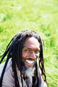 Hur man skriver en berättelse om Askungen med jamaicansk kultur