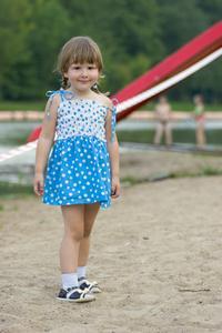 Olika klänning stilar för att göra barn klänningar cea6daab57ecf