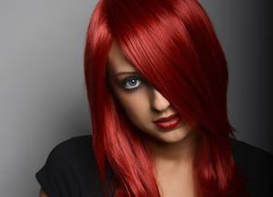 Vilken färg ska jag färga mitt hår om det är röda