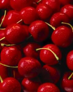 Skillnaden mellan Rainier körsbär & Bing körsbär