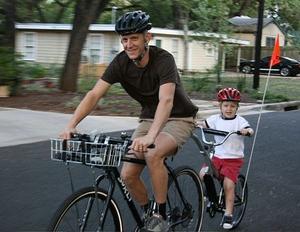 Hur till Tagalong cykla säkert