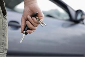 Skillnaden mellan lease hyra och kontrakt hyra