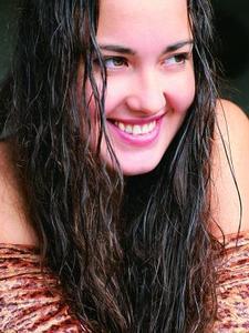 Hur tvätta och stil naturliga indiskt hår väva