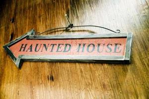 Hur kan jag göra mitt spökhus extremt skrämmande?