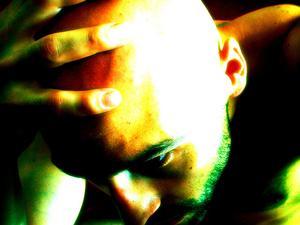 Tryckpunkter för att lindra huvudvärk, hals & lägre ryggsmärtor