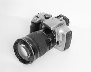 Vad orsakar döda pixlar på en kamera?