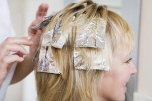 Hem rättsmedel för att lätta färgat hårfärg