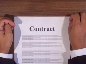 Hur man skriver ett brev före Small Claims Court