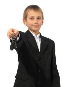 Hur man hyra en bil Under 25 års ålder