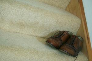 Hur man rengör mögel av läderskor