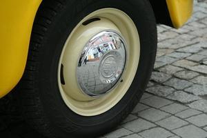 Dåliga bakre hjulet med symtom