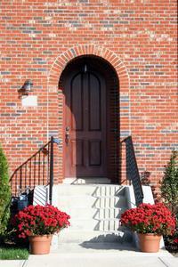 Vad är den bästa färg färgen för en ytterdörr?