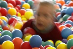 Hemlagad födelsedag spel för 2-åringar