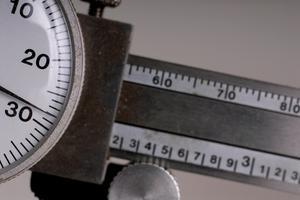 Hur du återställer en Mitutoyo Dial bromsok